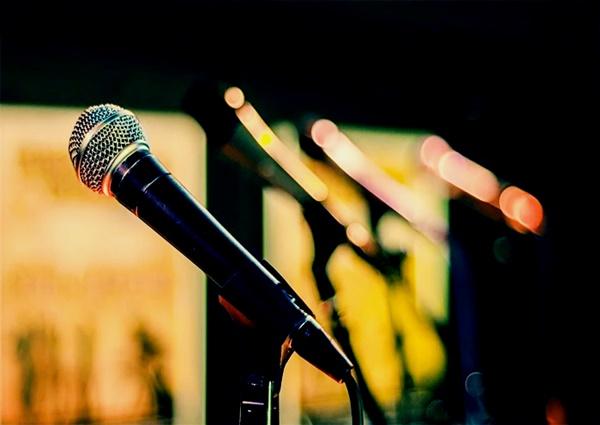 Conheça os benefícios que aula de canto pode te dar!